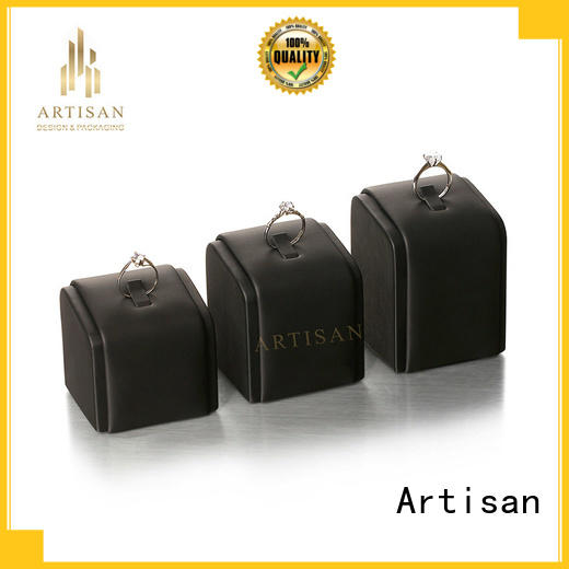 Artisan clear velvet necklace display stands with brown and gold pu leather for exhibition